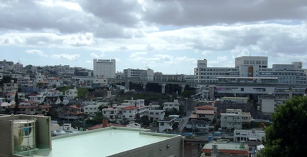 那覇郊外の風景