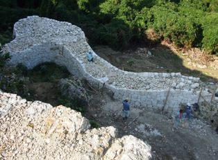 城壁の復元1