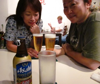 ビールとノンアルコールで乾杯