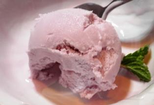 紅芋のアイスクリーム